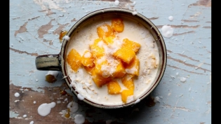 Overnight Oat and Chia Porridge with Mango and Coconut