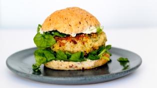 Simple Veggie Burgers with Artichoke